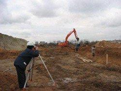 Земляные работы в Яровое и устройство фундамента